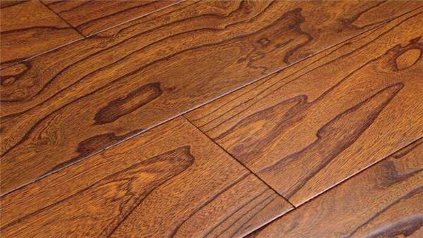 宜华地板是几线品牌