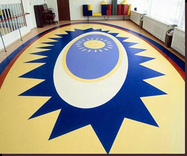 幼儿园地板用什么颜色比较好