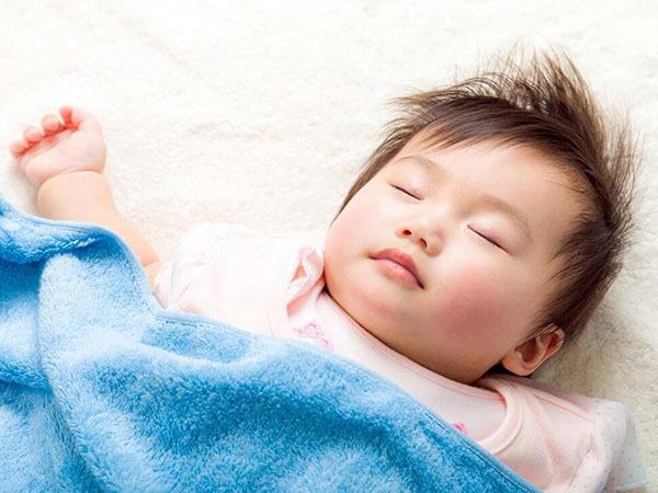 小孩睡�X磨牙是怎麽回事
