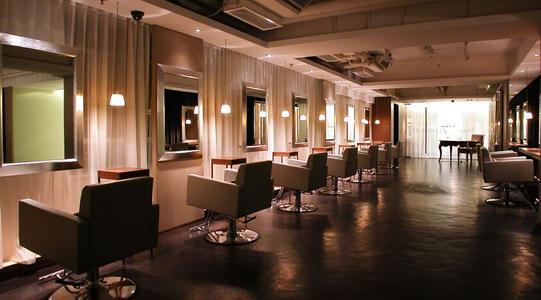 美发店装修设计注意事项之招牌设计