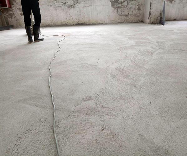 水泥地面起砂封面.jpg