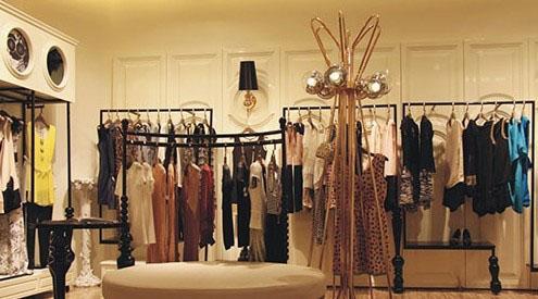 服装店装修设计高档风格效果图