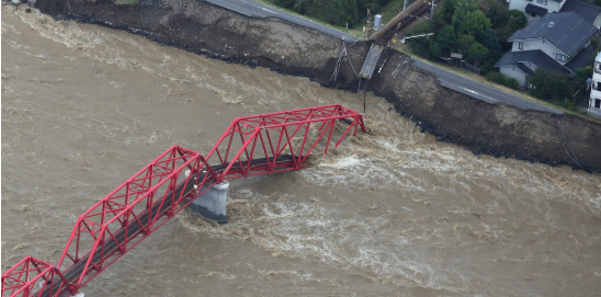 日本台风致33人死