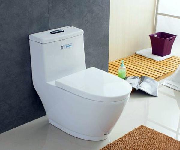 toto衛浴馬桶.jpg