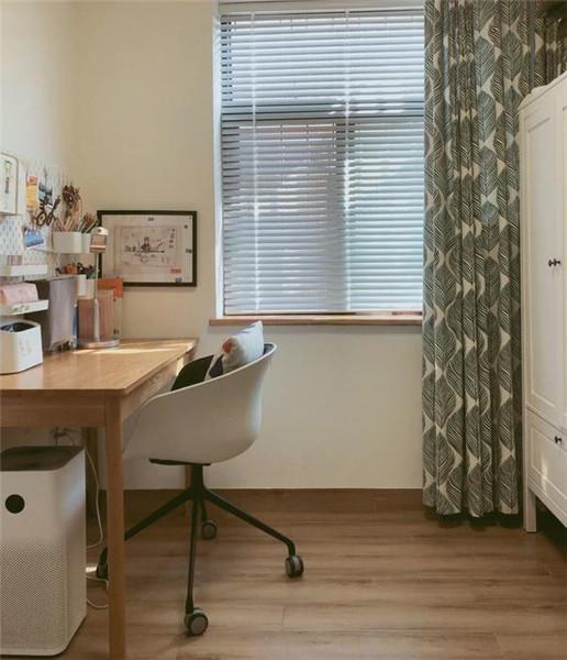 65平米小户型简约装修书房效果图
