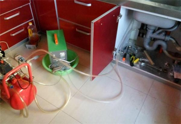 北京清洗地暖公司