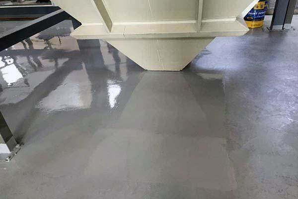 地板漆施工方法