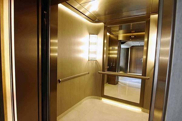 电梯门对着入户门怎么化解