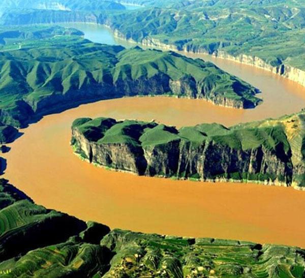黄河源头在哪里流经哪几个省份