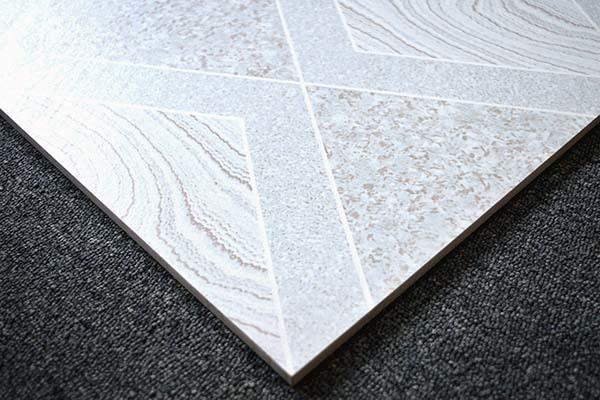 地板砖有刮痕怎么办