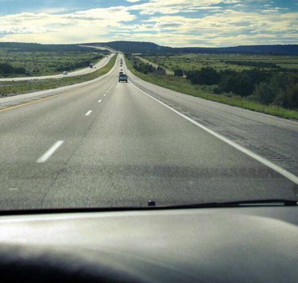 如何提升開車的方向感