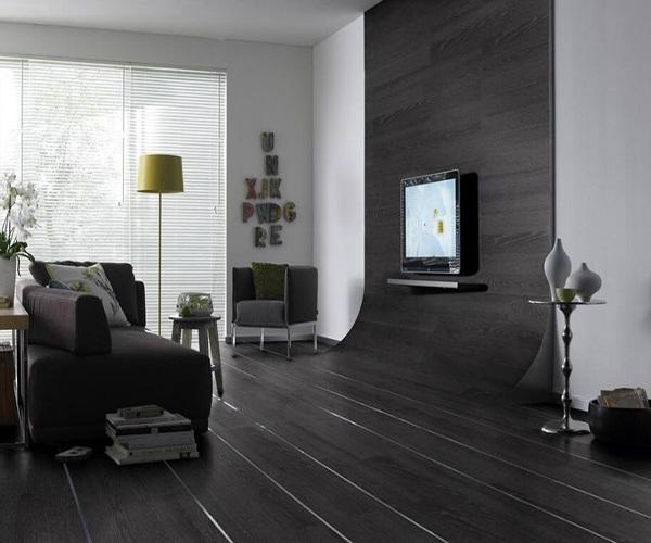 浅灰色地板家具搭配技巧