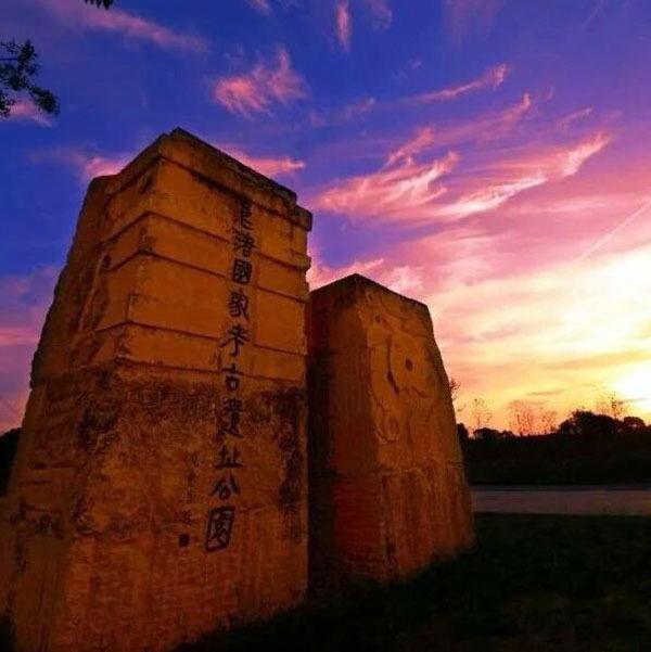 良渚古城遗址在哪里