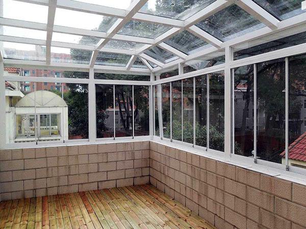 彩铝窗户怎么安装
