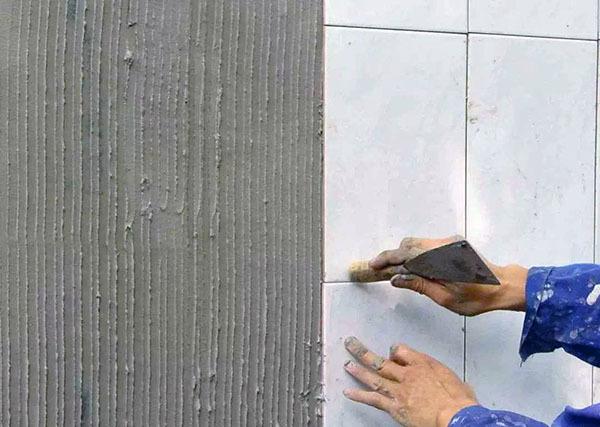 貼墻面磚的方法