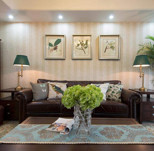 沙发背景墙怎么装饰好看