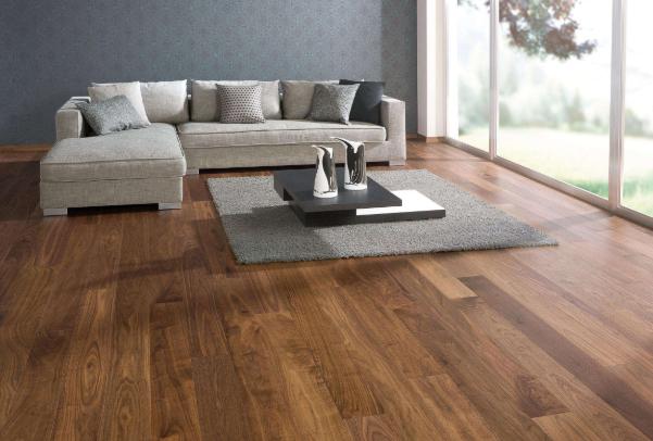 二手房木地板上面可以鋪大理石嗎