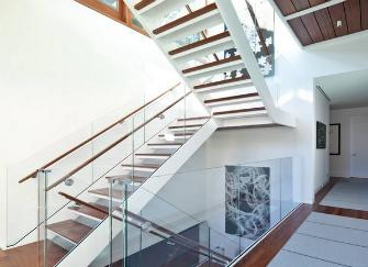 跃层楼梯如何设计 材料、分类与尺寸的介绍