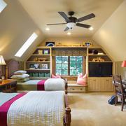 现代双人间阁楼卧室
