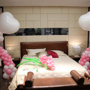 卧室温馨式气球