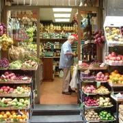 国外超市小型水果店