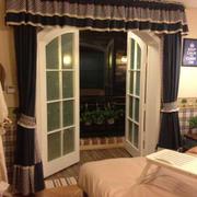 房间开合式门设置