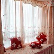 粉色田园式卧室飘窗设计