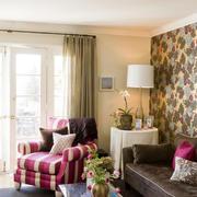 都市小公寓客厅窗帘