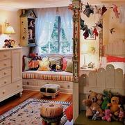 丰富多彩的儿童房飘窗