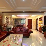 欧式客厅漆皮沙发