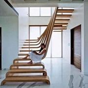 半抽空式楼梯造型