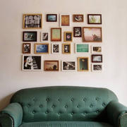 墨绿色沙发照片背景墙