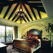复古美式卧室吊顶