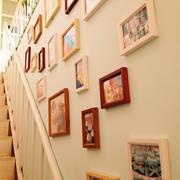 楼梯间照片墙欣赏
