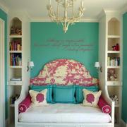欧式小型女生卧室床铺设计