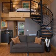 复式楼铁艺旋转楼梯设计