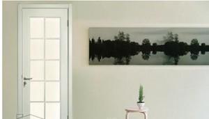白色木质门设计