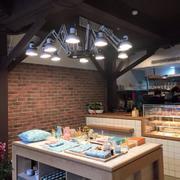 阁楼式创意餐馆设计