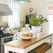 厨房低矮型吧台设计