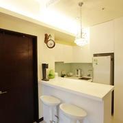别墅小型客厅吧台设计