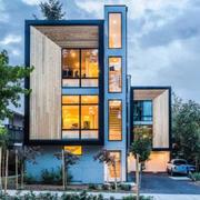 造型独特的欧式精简型别墅