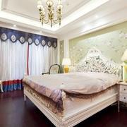 女士小卧室绿色床头背景墙设计