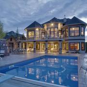 欧式奢华型蓝色别墅设计