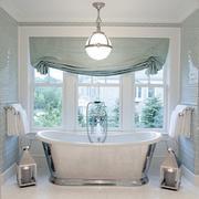 浴室清新式窗子设计