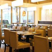 茶餐厅桌椅设计效果图