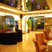 传统港式老餐馆设计