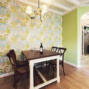 客厅美式小实木型餐桌效果图