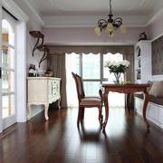 美式典雅型家具装修