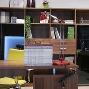 简约型欧式客厅桃木桌椅设计