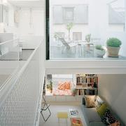 白色欧式化楼中楼设计